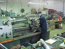Cylinder Services Inc machine shop lathe